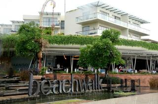 Beach Walk Mall Kuta