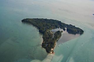 Peche Island