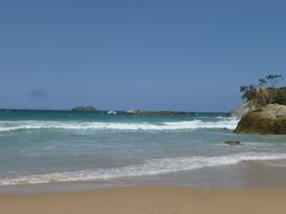 Saphire Beach