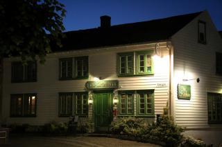 The Irishman Pub