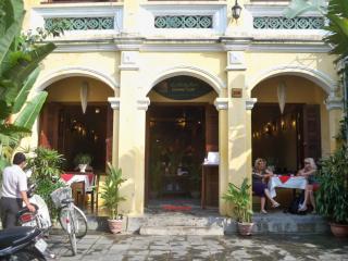 Morning Glory Street Food Restaurant