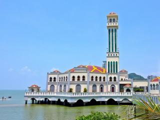 penang floating mosque