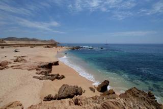 Twin Dolphin Beach