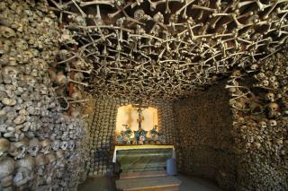Beinhaus En Michael's Chapel