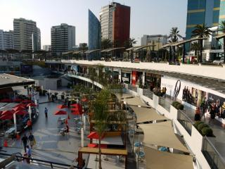 Shopping Center Larcomar
