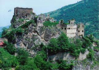 kustul monastery