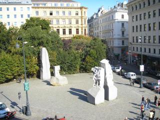 Albertinaplatz