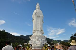 Lady Buddha and Linh Ung Pagoda