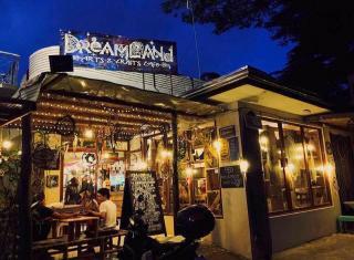dreamland arts & crafts cafe