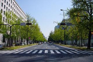 Midosuji Sculpture Street