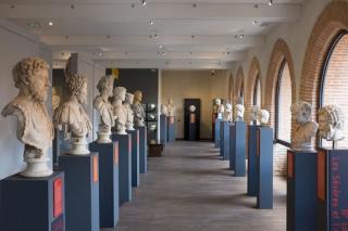 Musee Saint - Raymond