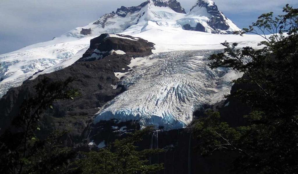 Mountains And Glaciers Of Mount Tronador  - San Carlos De Bariloche