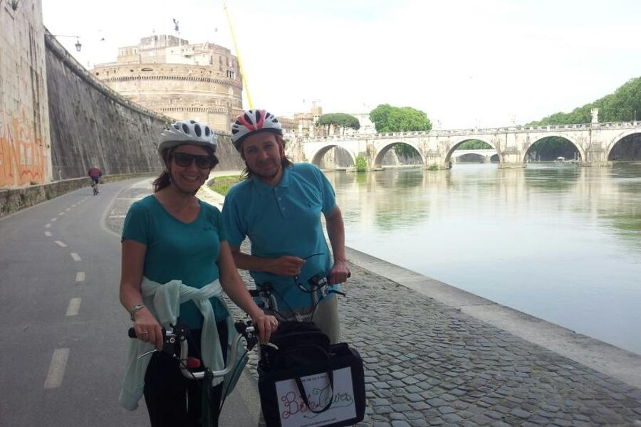 Happiness By Bike - Roma