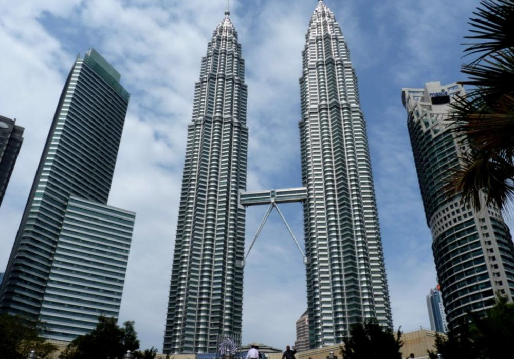 Transit Trip With Customize Full Day City Tour And 2 Way Airport Transfer - Kuala Lumpur