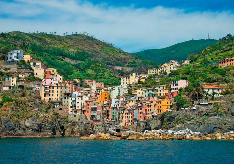 Cinque Terre Tour  Visit The National Park By Train And Boat - Siena