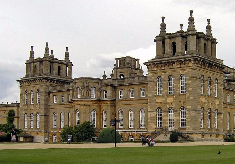 Blenheim Palace, Downton Abbey Village And The Cotswolds Full Day Tour - London