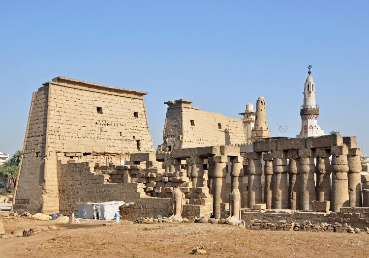 Tour To The East And West Bank Of The Nile - Luxor