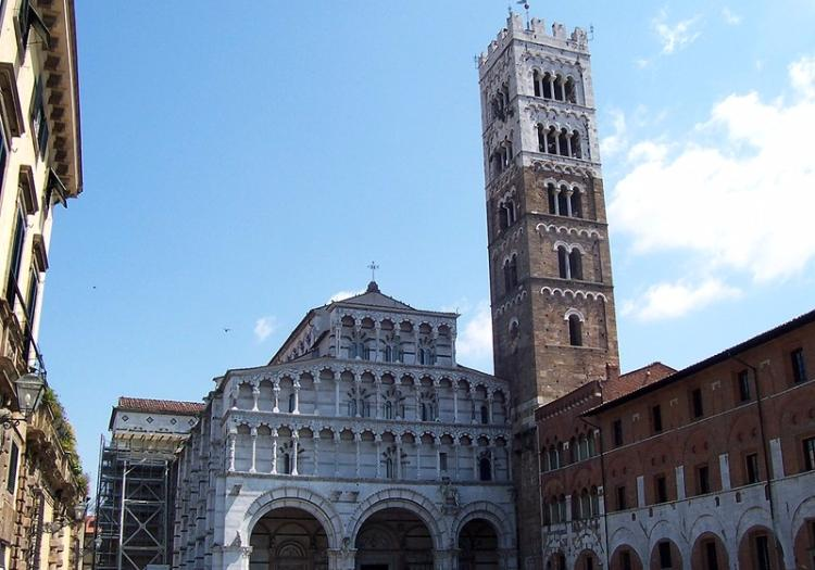 Pisa And Lucca Tour From Siena