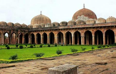Art and Cultural Attractions in Mandu