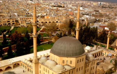 How to get in and get around Mardin