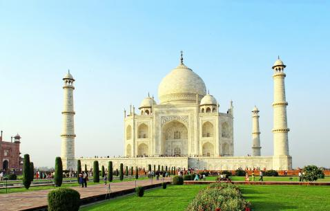 Art and Cultural Attractions in Agra