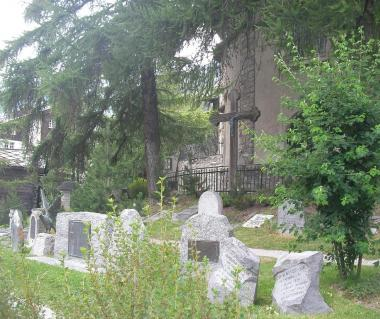 Mountaineers Cemetery Tours