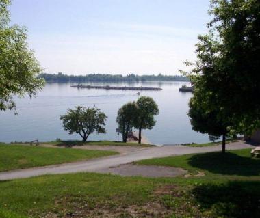 Lake Ontario Park Tours