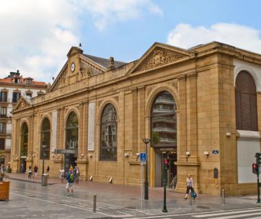 Mercado La Bretxa Tours