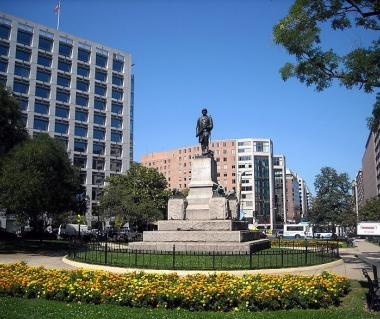 Farragut Square Tours