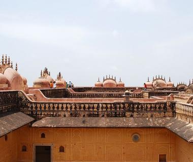 Nahargarh Fort Tours