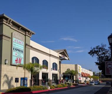 Las Americas Premium Outlets Tours