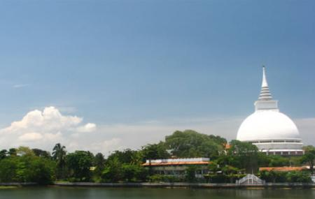 Kalutara Temple Image