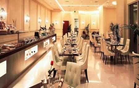 Acacia Restaurant Image