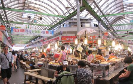 Dongdaemun Market Image