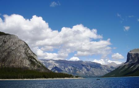 Lake Minnewanka, Banff