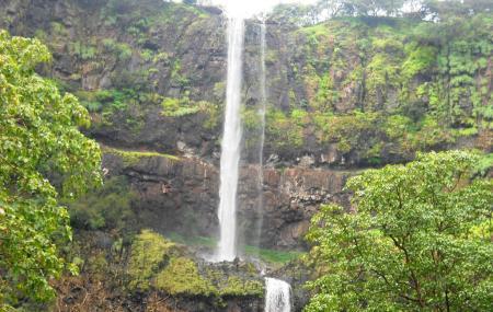 Lingmala Waterfall Image