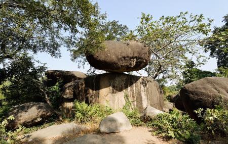 Balancing Rocks Image
