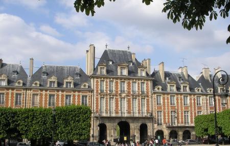 Place Des Vosges Image
