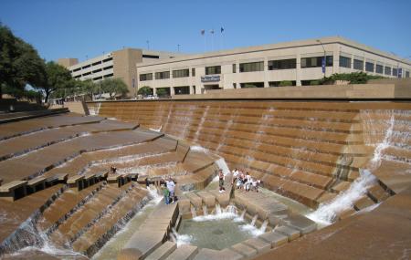 Fort Worth Water Gardens, Fort Worth