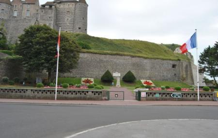Le Memorial Du 19 Aout 1942 Image