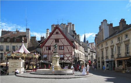 Place Francois - Rude Image