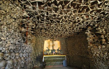 Beinhaus En Michael's Chapel Image