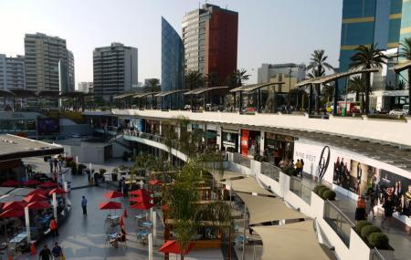 Shopping Center Larcomar, Lima