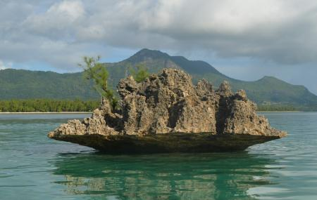 Crystal Rock, Le Morne