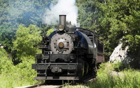 1880 Train, Custer