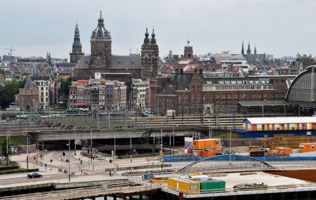 Amsterdam Centraal Railway Station Image