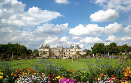 Luxembourg Palace Image