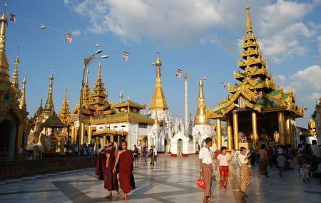 Shwedagon Pagoda Image