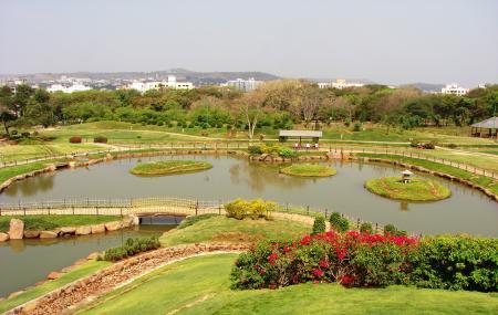 Pu La Deshpande Garden Image