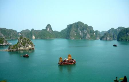Baitu Long Bay, Ha Long Bay